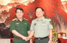 Le président du Département général des politiques de l'Armée populaire du Vietnam en Chine