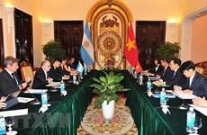 Le ministre des AE et du Culte de l'Argentine en visite officielle au Vietnam
