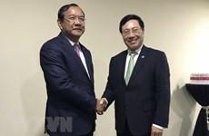 AMM-51 : le vice-PM Pham Binh Minh rencontre les ministres cambodgien et norvégien
