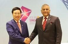 AMM 51 : Le vice-PM et ministre des AE Pham Binh Minh a des rencontres bilatérales