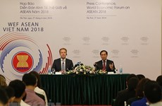 Pham Binh Minh demande d'achever les préparatifs du WEF ASEAN 2018