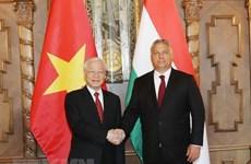 Le secrétaire général du PCV Nguyên Phu Trong termine sa visite officielle en Hongrie