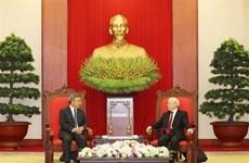Le leader du PCV reçoit le vice-Premier ministre chinois Hu Chunhua