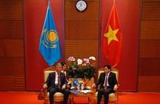 Audit: le Vietnam et le Kazakhstan veulent booster leurs liens