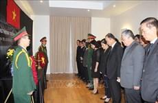 Des cérémonies funéraires à l'étranger en mémoire du président Tran Dai Quang