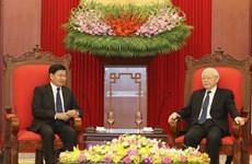 Le Vietnam prend en considération les relations spéciales avec le Laos