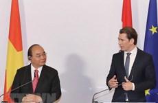 Nguyên Xuân Phuc et Sebastian Kurz à une conférence de presse conjointe