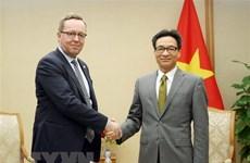 Le vice-PM Vu Duc Dam reçoit le ministre finlandais de l'Economie