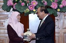 Le Vietnam prend en haute considération les relations avec la Malaisie