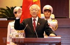 Poursuite des félicitations au président Nguyen Phu Trong