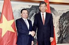 Le Vietnam et la Chine cherchent à renforcer leur coopération financière