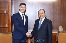 Le Premier ministre Nguyen Xuan Phuc reçoit un ancien vice-chancelier allemand