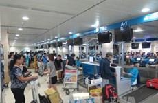 Les retards de vols en hausse, les annulations en baisse
