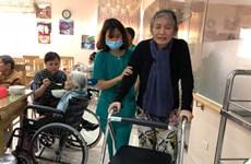 Les maisons de retraite ont le vent en poupe au Vietnam