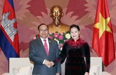 La présidente de l'AN reçoit le vice-président du Sénat cambodgien Tep Ngorn