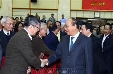 Le PM demande d'améliorer le classement du Vietnam en TIC