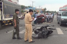 Le vice-PM permanent Truong Hoa Binh veut des routes plus sûres