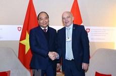 Le PM Nguyên Xuân Phuc conclut sa visite pour assister au WEF 2019