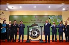 Le PM Nguyên Xuân Phuc inaugure la première séance boursière de 2019