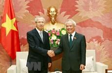 Le vice-président de l'AN Uong Chu Luu reçoit le président de la Cour suprême thaïlandaise