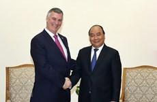 Le PM Nguyên Xuân Phuc reçoit les responsables de Boeing et de HSBC