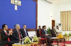 Des anciens volontaires vietnamiens en visite au Cambodge