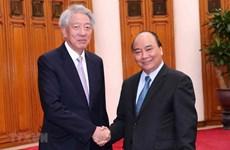 Le PM plaide pour le développement relations entre le Vietnam et Singapour