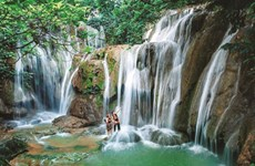 À Thanh Hoa, des chutes d'eau en cascade