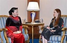 La présidente de l'AN rencontre la dirigeante de l'UIP à Doha