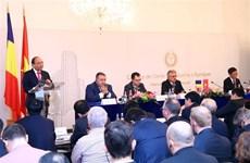 Le PM s'attend à une croissance exponentielle des relations de coopération Vietnam – Roumanie