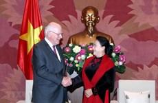 La présidente de l'Assemblée nationale affirme les liens vietnamo-américains