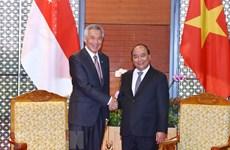 Singapour va encourager ses entreprises à investir au Vietnam