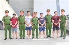 Le Vietnam remet quatre Chinois recherchés à la police chinoise