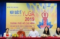 La 5e Journée internationale du yoga au Vietnam
