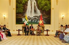 Le Vietnam soutient le Myanmar dans son  développement national