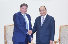 Le Premier ministre Nguyên Xuân Phuc invite TTI à investir à Dà Nang, Hanoi et Hô Chi Minh-Ville
