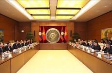 Renforcement des relations entre les deux organes législatifs Vietnam-Laos