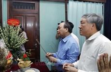 Le Premier ministre rend hommage au Président Ho Chi Minh