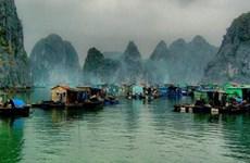 De nouvelles sirènes de la baie de Ha Long