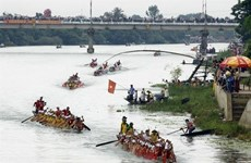 Des festivals de Quang Binh reçoivent des titres du patrimoine national