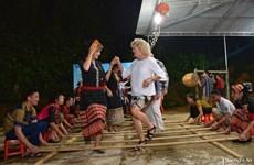 Tourisme : des journalistes étrangers visitent Nghe An