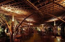 Le bambou et l'énergie solaire en faveur d'un tourisme durable