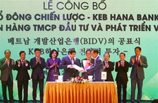 Le sud-coréen KEB Hana Bank devient partenaire stratégique de BIDV