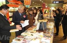 Inauguration d'un stand de livres vietnamiens à Séoul