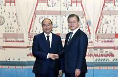 Entretien Nguyen Xuan Phuc et Moon Jae-in à Séoul