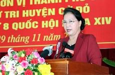 La présidente de l'AN à la rencontre des électeurs à Cân Tho