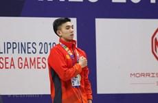 Le nageur vietnamien Huy Hoang bat le record des SEA Games