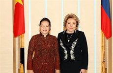 Vietnam-Russie : Nguyên Thi Kim Ngân s'entretiennent avec Valentina Matvienko