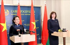 Vietnam-Bélarus: Les dirigeantes parlementaires plaident pour des liens accrus