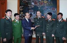 Le PM exhorte les forces de police populaire à promouvoir leurs acquis